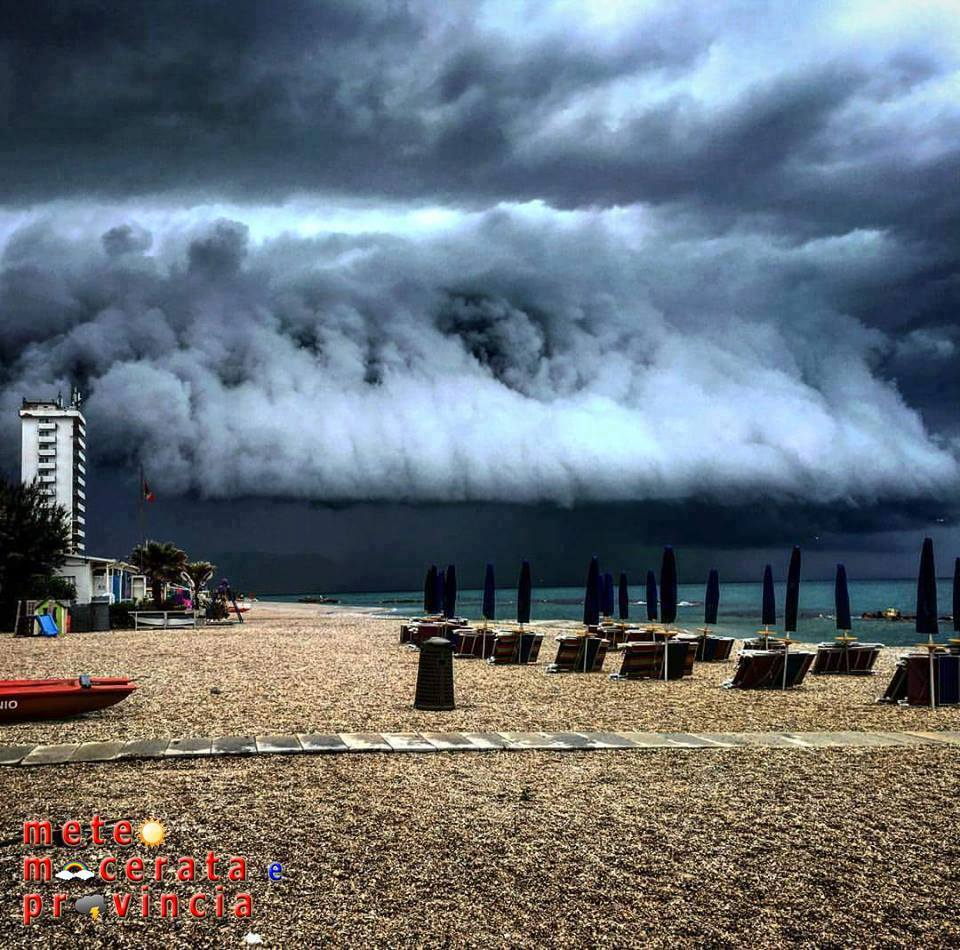 Meteo ASSAM Regione Marche - shelf cloud porto recanati