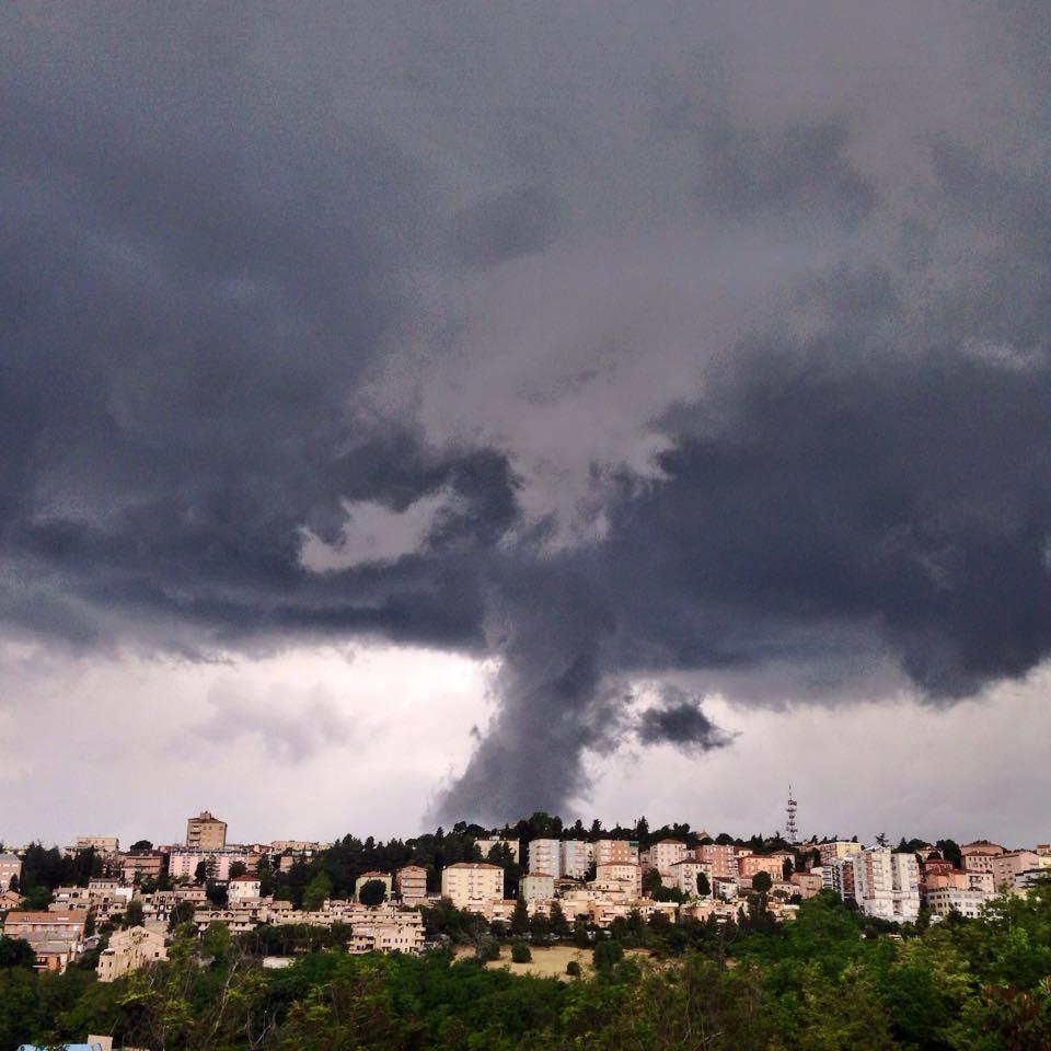 Meteo ASSAM Regione Marche - temporale a Macerata 26 maggio 2015